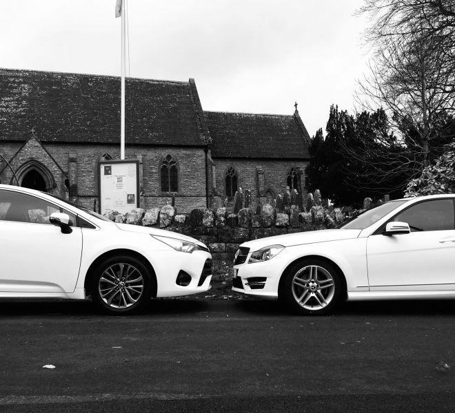 blackwhite-side-on-cars